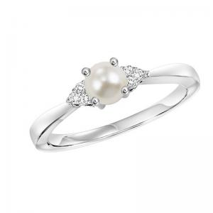 10K Pearl & Diamond Ring